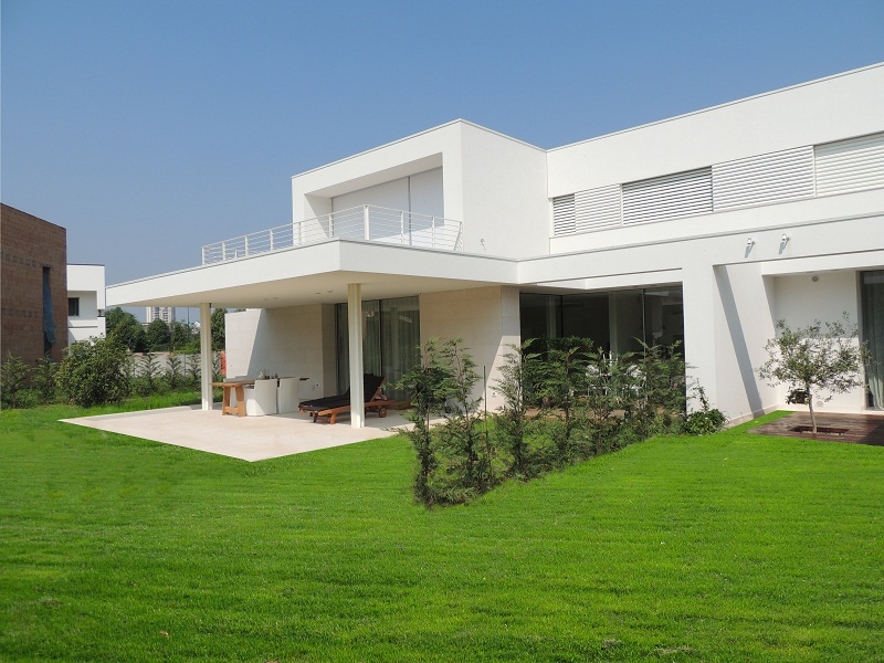 L'edificio è stato progettato pensando alle tecnologie più innovative che permettono comfort acustico e risparmi energetico.